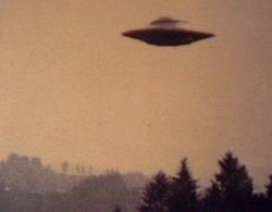 Foto UFO yang sempat dipublikasikan ke masyarakat