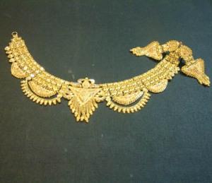 kalung emas